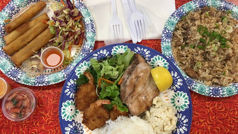 Hearty plate lunches and Filipino fusion food draw a steady stream of fans to Joey's Kitchen.