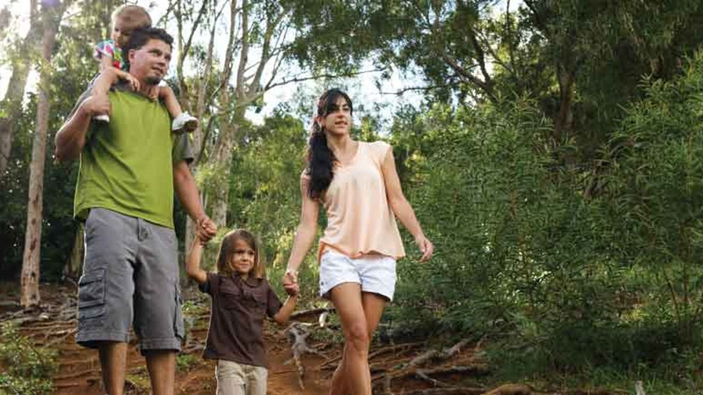 The Royal Coconut Coast features hiking trails for the whole family. // © 2013 Gelston Dwight 3