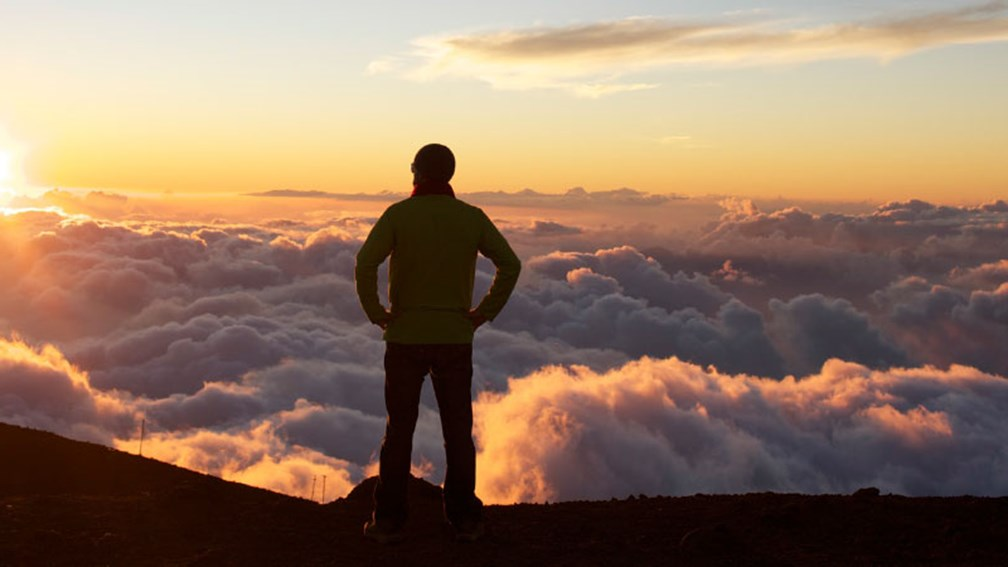 Hiking Haleakala at sunrise promises breathtaking views. // © 2014 HTA/Max Wanger 2