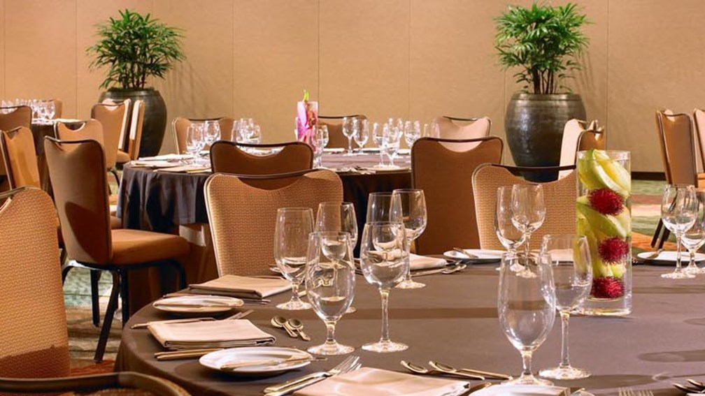 The Sheraton Waikiki Ballroom is one of the best spots for business meetings in Hawaii.  // © 2013 Sheraton Waikiki F