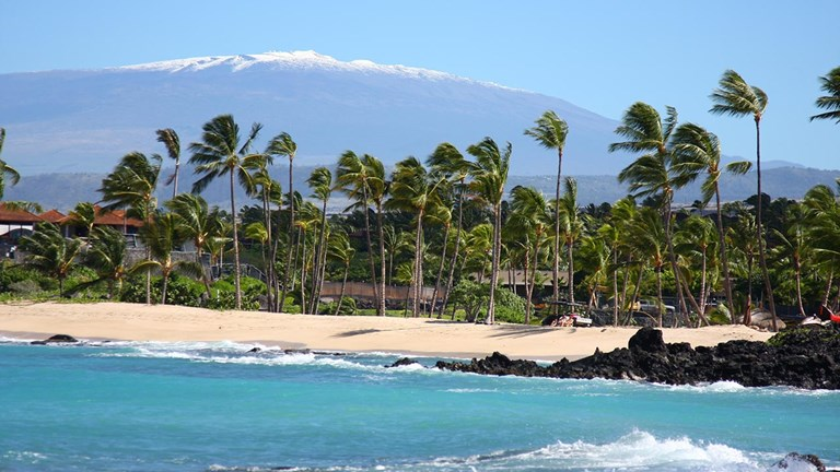 West Coast travel advisors are seeing demand for the Aloha State, including the Island of Hawaii.