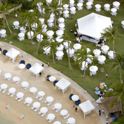 <p>Groups get up to $100 per person in air credit for 2016 bookings at Hilton Hawaiian Village. // © 2015 Hilton Hawaiian Village</p><p>Feature image...