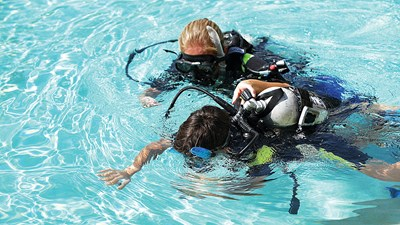 Learning How to Dive With a Navy SEAL on Oahu