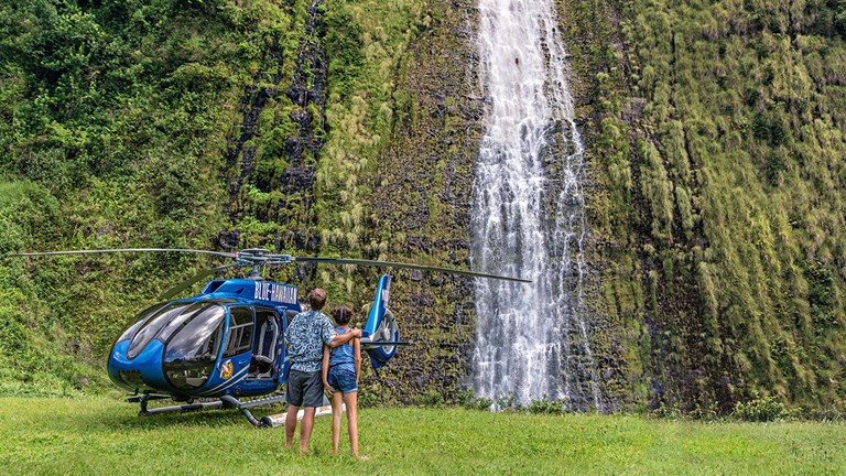 Heli VIP, a joint venture between Blue Hawaiian Helicopters and Mauna Kea Resort, takes guests to spectacular, remote settings during customized Hawaii Island tours.