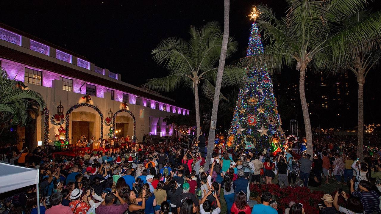 Christmas Lights 2021 In Oahu Hawaii Calendar Of Events December 2019 Travelage West