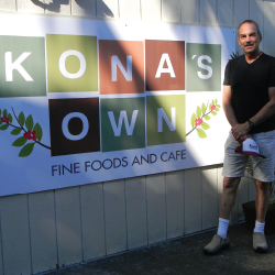 David Levenson, owner of Kona's Own // © 2014 Dustie Lee Ascino