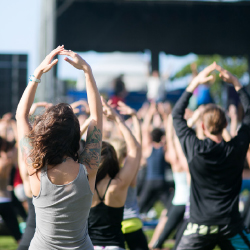 Yoga and music events are highlights of Wanderlust Oahu. // © 2014 Turtle Bay Resort