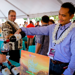 The Hawaii Food and Wine Festival is a great event for foodie visitors. // © 2016 Hawaii Food and Wine Festival