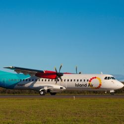 Island Air recently increased daily service between Honolulu and Kahului, Maui. // © Island Air