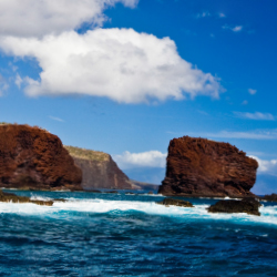 Visitors can hike to Puu Pehe on guided walks with Four Seasons Lanai. // © 2014 Hawaii Tourism Authority (HTA) / Tor Johnson