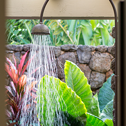 <p>Kukuiula promotes indoor/outdoor living at its finest. // © 2016 The Lodge at Kukuiula</p><p>Feature image (above): The Plantation House serves as...