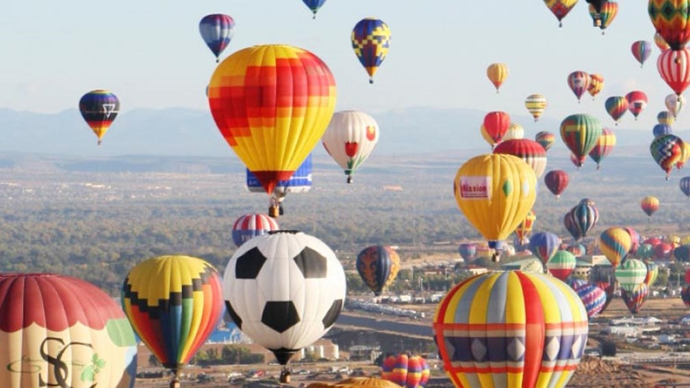 International Balloon Fiesta occurs once a year. // © 2015 iStock 2