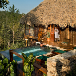 <p>Blancaneaux Lodge is located within a tropical reserve. // © 2017 Blancaneaux Lodge</p><p>Feature image (above): The Laguna has seven landscaped...