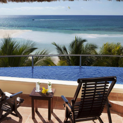 <p>El Dorado Maroma suites come with their own infinity plunge pool. // © 2015 Karisma Hotels & Resorts</p><p>Feature image (above): A beachfront...