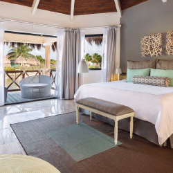 <p>Mayan Suites are ideal for couples. // © 2017 Grand Palladium White Sand Resort & Spa</p><p>Feature image (above): White Sand Resort & Spa...