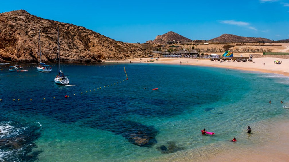 5 Of The Best Swimmable Los Cabos Beaches