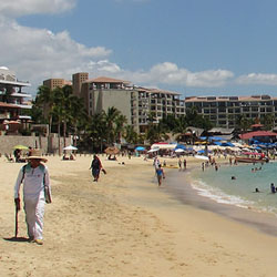 <p>Medano Beach is one of the busiest swimmable beaches in Los Cabos. // © 2017 Flickr</p><p>Feature image (above): Santa Maria Beach is one of Los...