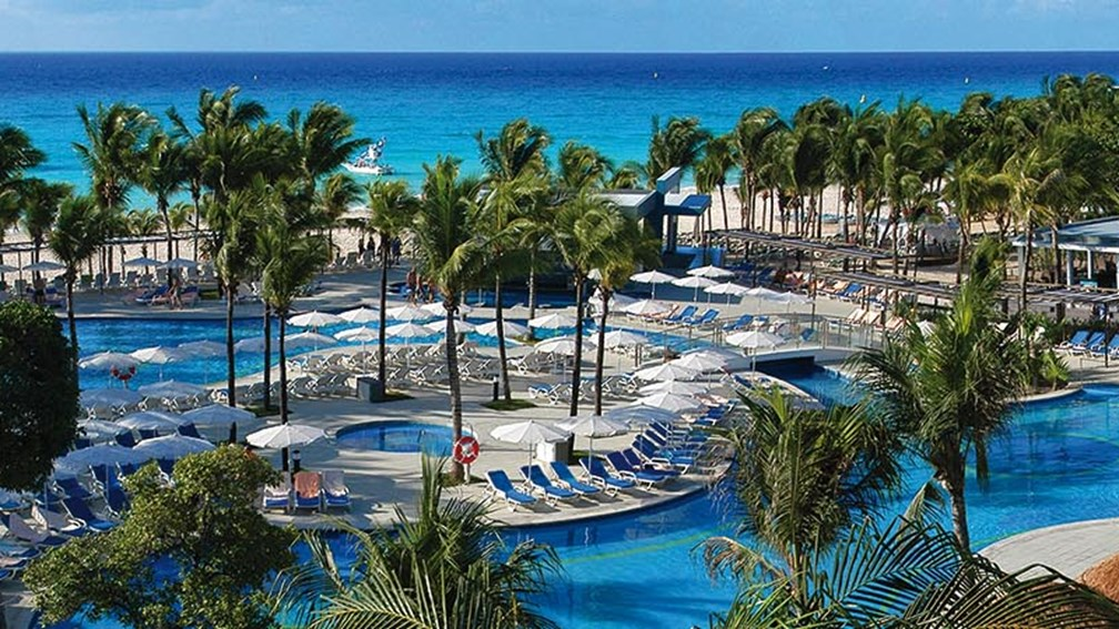 Oct 29 2017 The Riu Yucatan Is Designed More For Families C
