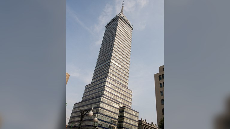Torre Latinoamericana was the city's tallest building when it opened in 1956.