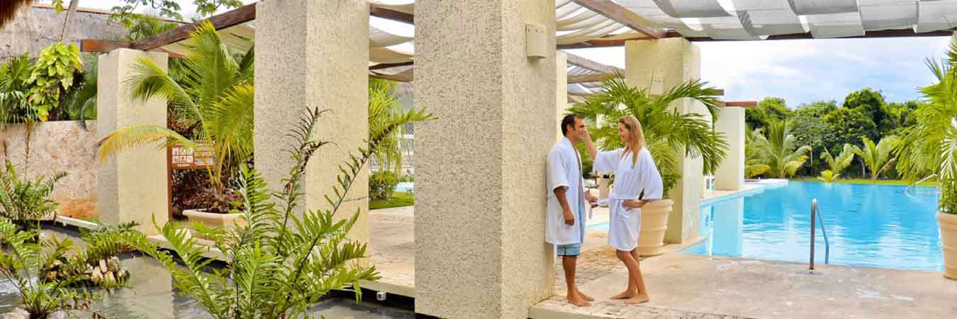 Royal Suites Offers an Oasis of Calm