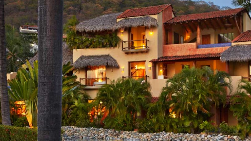 The Viceroy resort was formerly the Tides Zihuatanejo // © 2014 Viceroy Hotels and Resorts 2