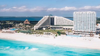 Hotel Review: Coral Level at Iberostar Selection Cancun