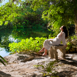 Guests can try the Kuxtal Sensory Garden Journey at Rosewood Mayakoba. // © 2016 Rosewood Hotels