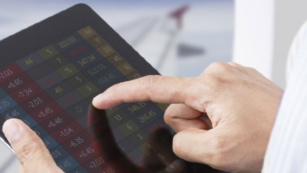Airlines are updating their mobile device policies. // © 2013 Thinkstock F