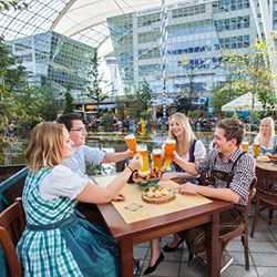 <p>Offering beer brewed in the airport and an annual surf program, Munich Airport is a favorite airport for travelers.  // © 2014 Allresto Flughafen...