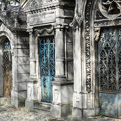 <p>The tombs at Cimetiere du Pere Lachaise each have their own unique design. // © 2017 Creative Commons user Emile Lombard</p><p>Feature image...