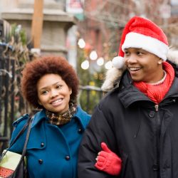 To compensate for the holiday season's rising prices, agents can offer clients exclusive opportunites. // © 2014 Thinkstock