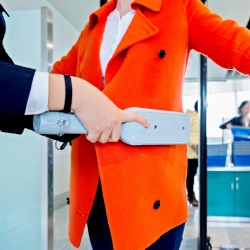 Consumers report that they are more satisfied with airport security. // © 2017 Getty Images