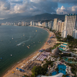There's a new flight option for travelers to Acapulco, Mexico. // © 2017 Getty Images