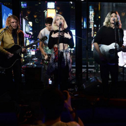 Grouplove performed live at Renaissance New York Hotel Times Square. // © 2014 Marriott International