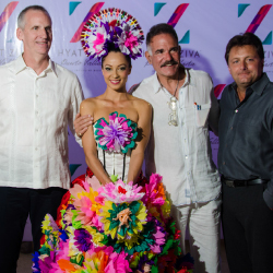 Hyatt and Playa executives at the grand opening of Hyatt Ziva Puerto Vallarta // © 2015 Hyatt Ziva Puerto Vallarta