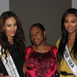 Agent Abisola Candice Okusanya from Protravel International poses with Miss U.S.A. and Miss South Africa. // © 2013 Diamond PR<br /><br />