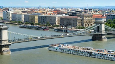 The river cruise ship will sail on the Danube through 2018. // © 2016 Crystal Cruises 2
