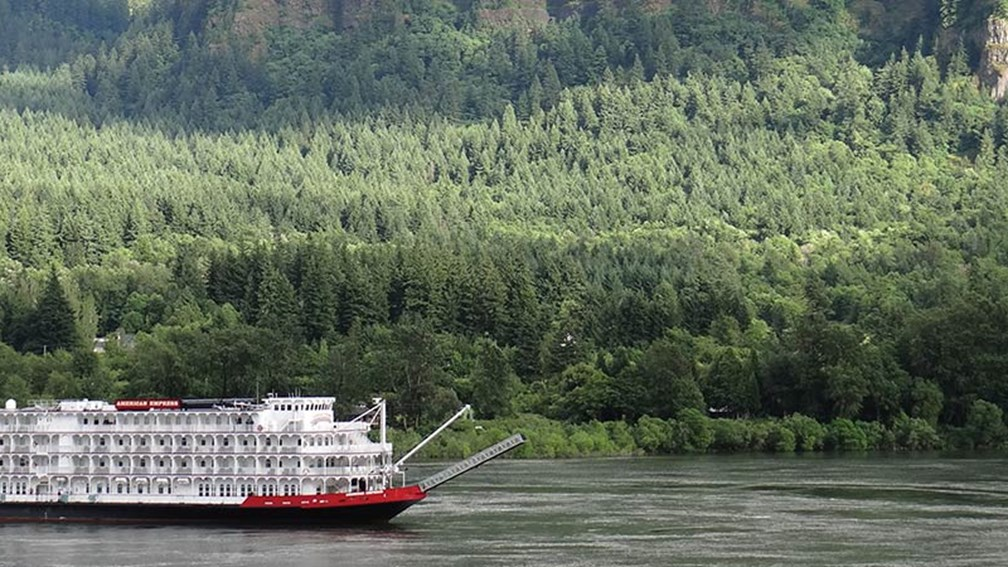 River Cruise Review: AQSC's American Empress