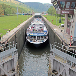 Avalon Luminary on the Moselle River. // © 2014 Avalon Waterways