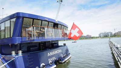 River Cruise Review: AmaWaterways' AmaMora