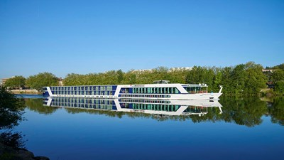 AmaWaterways Thanks First Responders With Opportunity for Free River Cruises