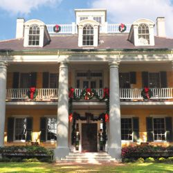 The Cajun Christmas itinerary includes a Christmas-themed tour at Houmas House Plantation. // © 2013 American Cruise Lines