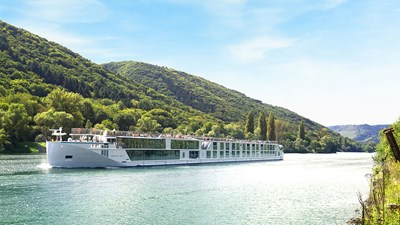 River Cruise Review: Crystal Bach