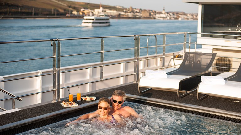 Relax in the hot tub onboard Jasper.