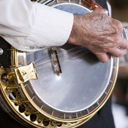 <p>Live bluegrass performances are part of American Queen Steamboat Company's Bourbon and Bluegrass cruise. // © 2014 AQSC</p><p>Feature image...