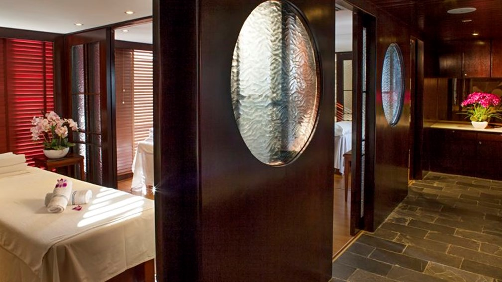 Victoria Anna has undergone extensive renovations, including a redesign of its spa. // © 2013 Victoria Cruises F