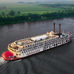 Cruisers can get a discount on 2014 bookings on the Mississippi, Columbia and Snake Rivers. // © 2013 American Queen Steamboat Company