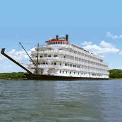 American Cruise Lines' new paddlewheeler will accommodate 150 passengers. // © 2013 American Cruise Lines
