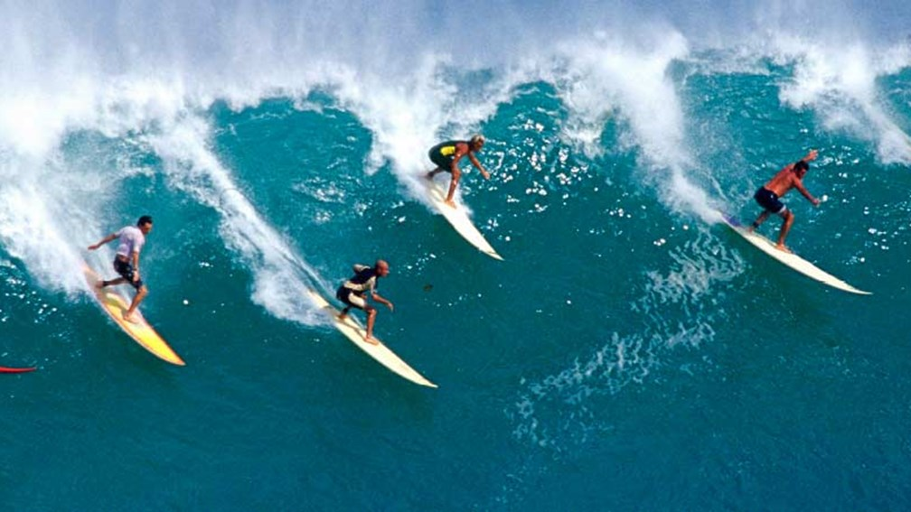 Surf vacations present a unique opportunity for travel agents. // © 2014 Thinkstock/Purestock 2
