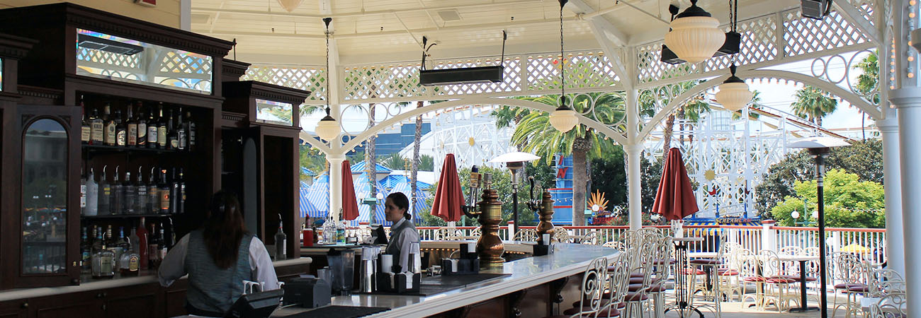 Top 5 Places to Drink Alcohol at Disneyland